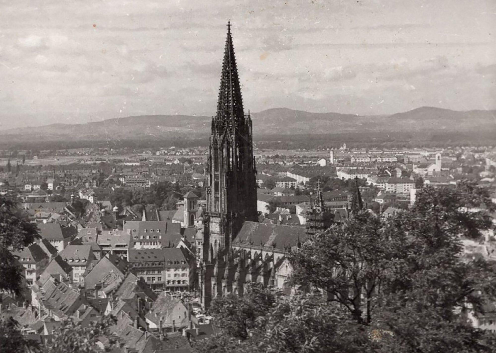 Hillas echte Linzertorte - Freiburg